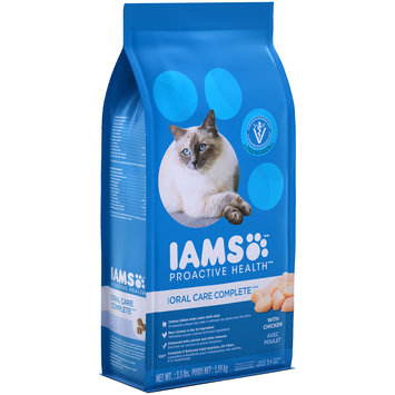 Iams™ Proactive Health™ Oral Care Complete™ With Chicken Dry Cat Food