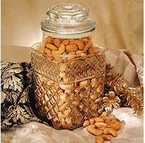 A L Schutzman Golden Kernel Fancy Colossal Cashew Jar (32 oz.)