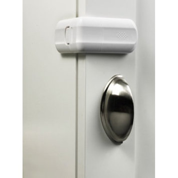 Parent Units Safe and Shut Cabinet and Drawer Latch