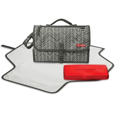 Skip Hop Pronto Diaper Clutch Changing Station, Grey