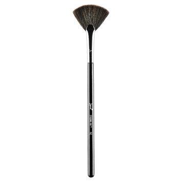 Sigma Beauty F42 Strobing Fan Brush, Size One Size - No Color