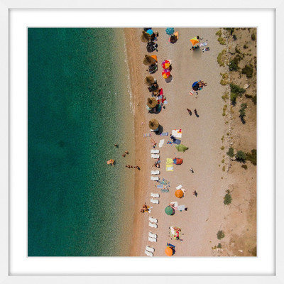 Marmont Hill Inc Marmont Hill - 'Beach Lineup' by Karolis Janulis Framed Painting Print