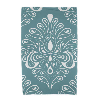 Red Barrel Studio Veranda Beach Towel Color: Green