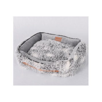 Lindsey Home Fashion Faux Lamb Fur Luxury Dog Bed