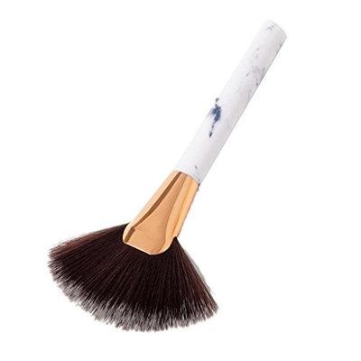 MonkeyJack New Wood Handle Fan Makeup Tool Facial Powder Cheek Blusher Comtour Highlight Brush