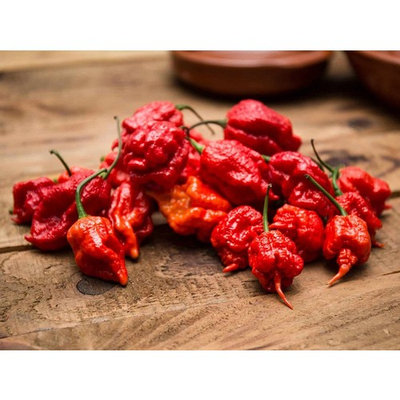 Monsoon Spice Company Carolina Reapers Dry Whole Pepper Pods Hottest Peppers in the World | Free Domestic Shipping (Reaper Gems (Hottest Candy in the World), 1 Pouch Challenge (Mix Flavors))
