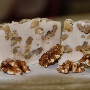 Home Made Creamy Maple Walnut Fudge - 1 1/2 Lb Box [Maple Nut]
