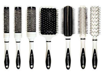 Scalpmaster Ceramic Brush Set In Carrying Case