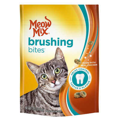 Meow Mix® Brushing Bites Dental Cat Treat - Chicken size: 2.25 Oz
