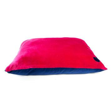 Grreat Choice® Heart Pillow Dog Bed size: 35