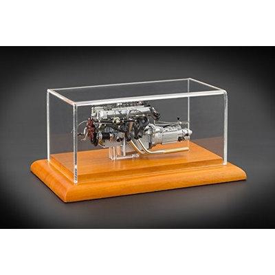 CMC 133 1961 Aston Martin DB4 GT Engine with Display Showcase 1-18 Diecast Model
