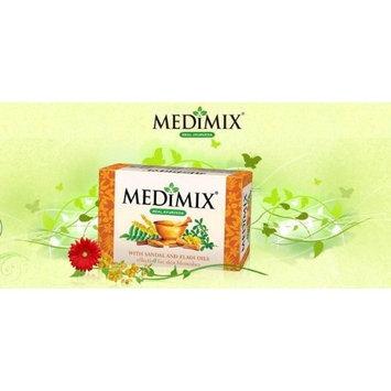 Medimix Herbal Handmade Ayurvedic Soap with Sandal with Eladi Oil for Blemish-Free Skin (125 g)
