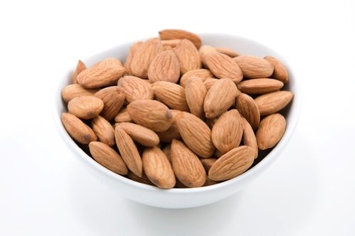 Superior Nut Company, Inc. Raw Organic Almonds (10 Pound Bulk)