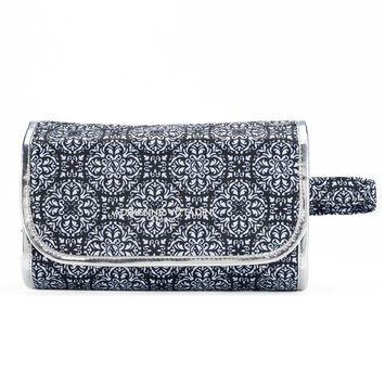 Adrienne Vittadini Hanging Cosmetic Bag