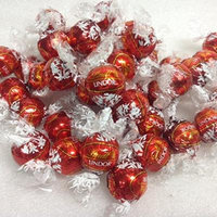 Lindt Truffles Lindor Chocolate Truffles Holiday Red 3 Pound Bag Special Purchase