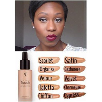 Younique Touch Mineral Liquid Foundation Scarlet
