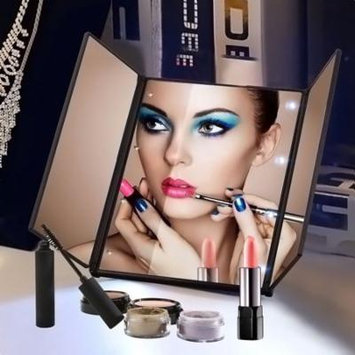 Foldable Tri-sided Lighted Beauty Vanity LED Cosmetic Square Shape Makeup Mirror
