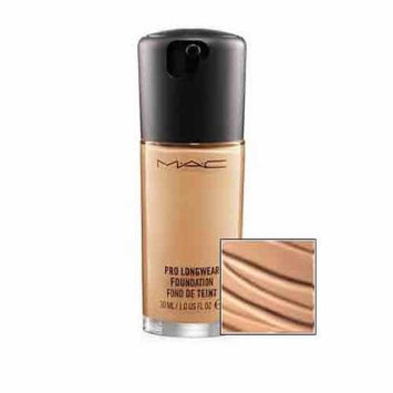 MAC Pro Lightweight Longwear Foundation - Gives up to 15 Hours of Wear, 1 Oz (NW25)
