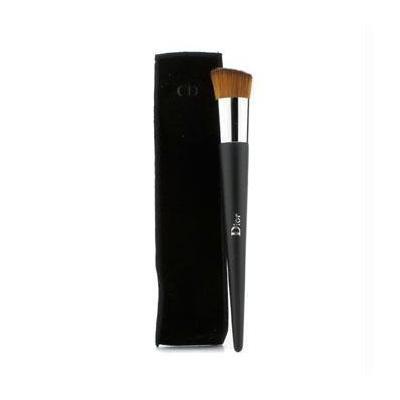 Christian Dior Backstage Brushes Fluid Foundation Brush Full Coverage