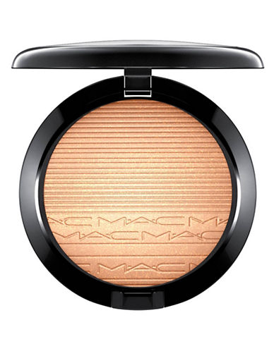 MAC Extra Dimension Skinfinish - Oh, Darling