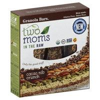 2 Moms In The Raw 261963 6 oz. Cacao Nib Crunch Granola Bar