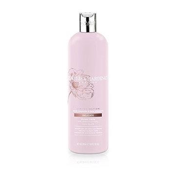 Baylis & Harding Pink Magnolia & Pear Blossom 500ml Moisturising Shower Creme