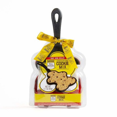 Nestle Toll House Chocolate Chip Cookie Mix: Gingerbread Cast Iron Skillet Edition | Complete with Nestle Toll House Chocolate Chip Cookie Mix and Mini Gingerbread-Shaped Cast Iron Skillet