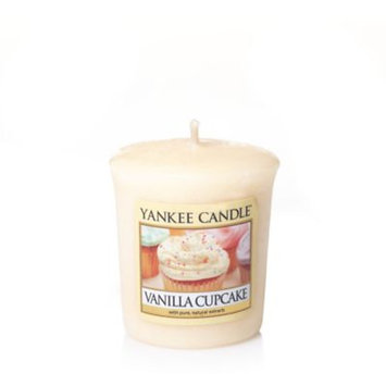 Yankee CandleA HousewarmerA Vanilla Cupcake Votive Candle