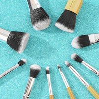 10Pcs Bamboo Handle Makeup Brushes Set Eyeshadow Foundation Cosmetic Tools