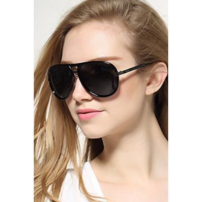 Generic European big_box_in lens_ sunglasses , sunglasses _driving_movement.