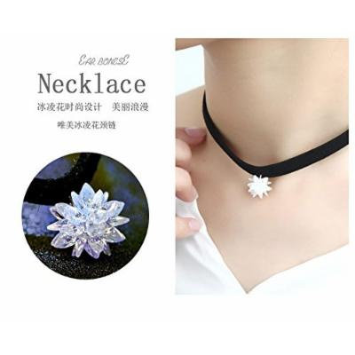 Generic 2018 new short - chain necklace pendant clavicle short _paragraph_ collar neckband necklace pendant simple fashion flower sweet temperament women girl _ice