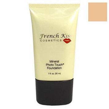 French Kiss Mineral Photo Touch Foundation Vanilla Cream 1oz