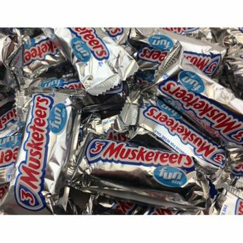 3 Musketeers Chocolaate Fun Size Candy Bars, Share Size Bulk Pack (Pack of 2 Pounds)