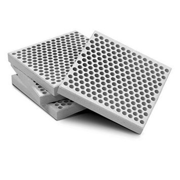 Onward Manufacturing Co Onward Mfg Co 43118 Honeycomb Grill Briquettes - Box of 18