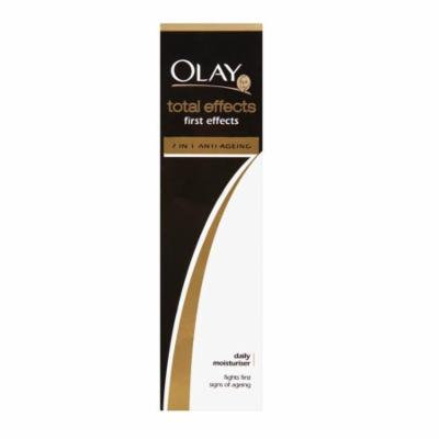 Olay Total Effects 7X First Effects Daily Moisturizer, Fights First Signs of Aging, 50 ml (1.7 Oz) + FREE Eyebrow Trimmer