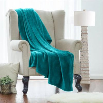 Twin Fleece Super Soft Warm Fuzzy Plush Couch Blanket, Extra Soft Brush Fabric, Lightweight Super Warm Bed Blanket (66-Inch-By-90-Inch) Teal, By Clara Clark