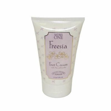 Perlier Nature's One Freesia by Perlier for Women. Foot Cream With Aloe Lanolin 4.0 Oz / 120 Ml + Yes to Tomatoes Moisturizing Single Use Mask