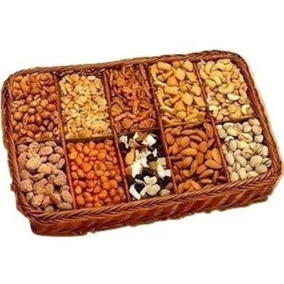 Snackers Celebration Snack Tray Gift Basket