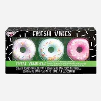 Fashion Angels 76797 Donut Scented Bath Bomb Gift Set, Multi