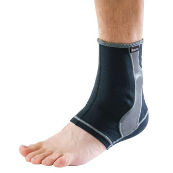 Mueller Sport Care Mueller Hg80 Antimicrobial Ankle Support-Medium