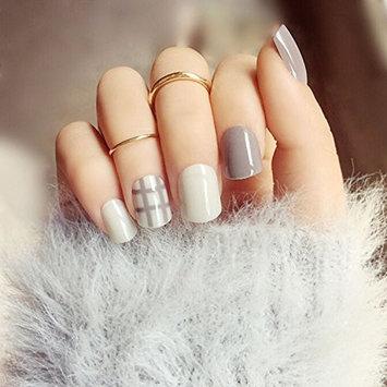 Yean Set of 24 Bridal False Nails Grey Stripe Nail Vintage Short Fake Nail Tips Nail strips with Glue and Adhesive Tab for women and girls