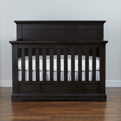 American Game Cartridges Inc. Munire Chatham Flat Top 4-in-1 Lifetime Crib