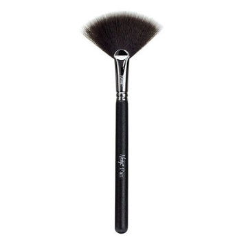 Nanshy Fan Brush - Onyx Black