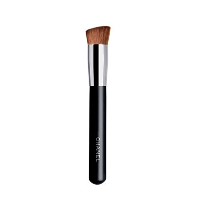 CHANEL Pinceau Teint 2 En 1 Fluide Et Poudre, 2-In-1 Foundation Brush Fluid And Powder #8