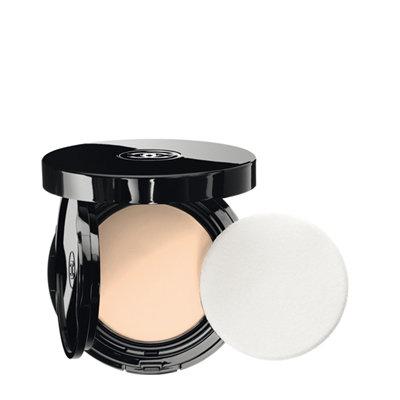 CHANEL Vitalumière Aqua, Fresh And Hydrating Cream Compact Sunscreen Makeup Broad Spectrum Spf 15