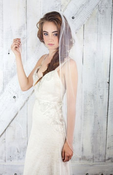 Veil Trends J-Picone Cancun Sheer Mesh Bridal Veil, Size One Size - Ivory