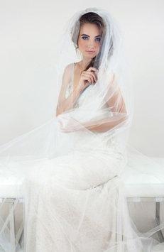 Veil Trends J-Picone Peridot Mesh Veil, Size One Size - Ivory