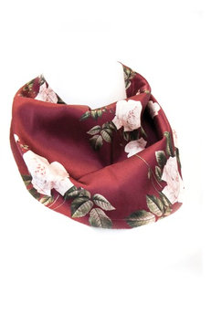 Women's New Friends Colony Winter Rose Neckerchief, Size One Size - Red