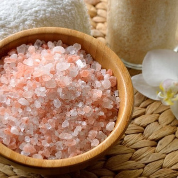 The Spice Lab Pink Himalayan Crystal Bath Sea Salt - Course Grain - Nutrient and Mineral Dense For Health - 1 Kilo 2.22lbs