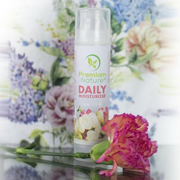 Premium Nature Daily-Moisturizer Face-Serum - Hydrating Vitamin Lotion For Daily Use Dispenser with Aloe Jojoba Shea Butter Green Tea For Sensitive Dry Oily Skin